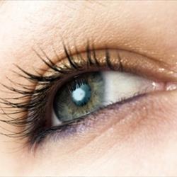 La carbo-radiofrequenza per il contorno occhi